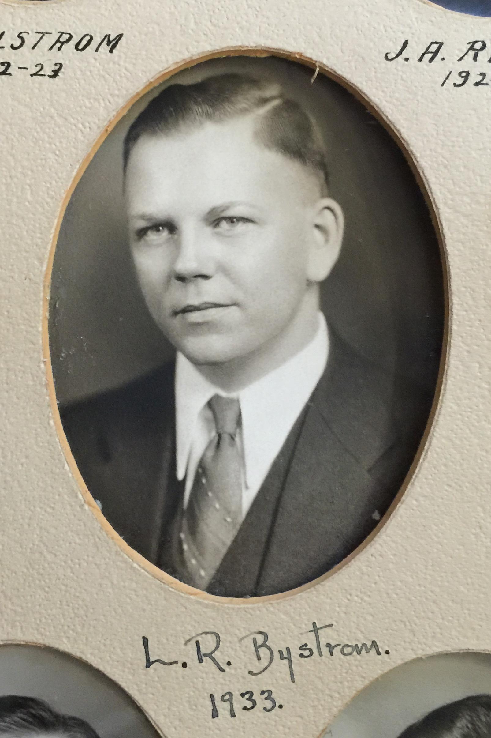 1933 L.R. Bystrom