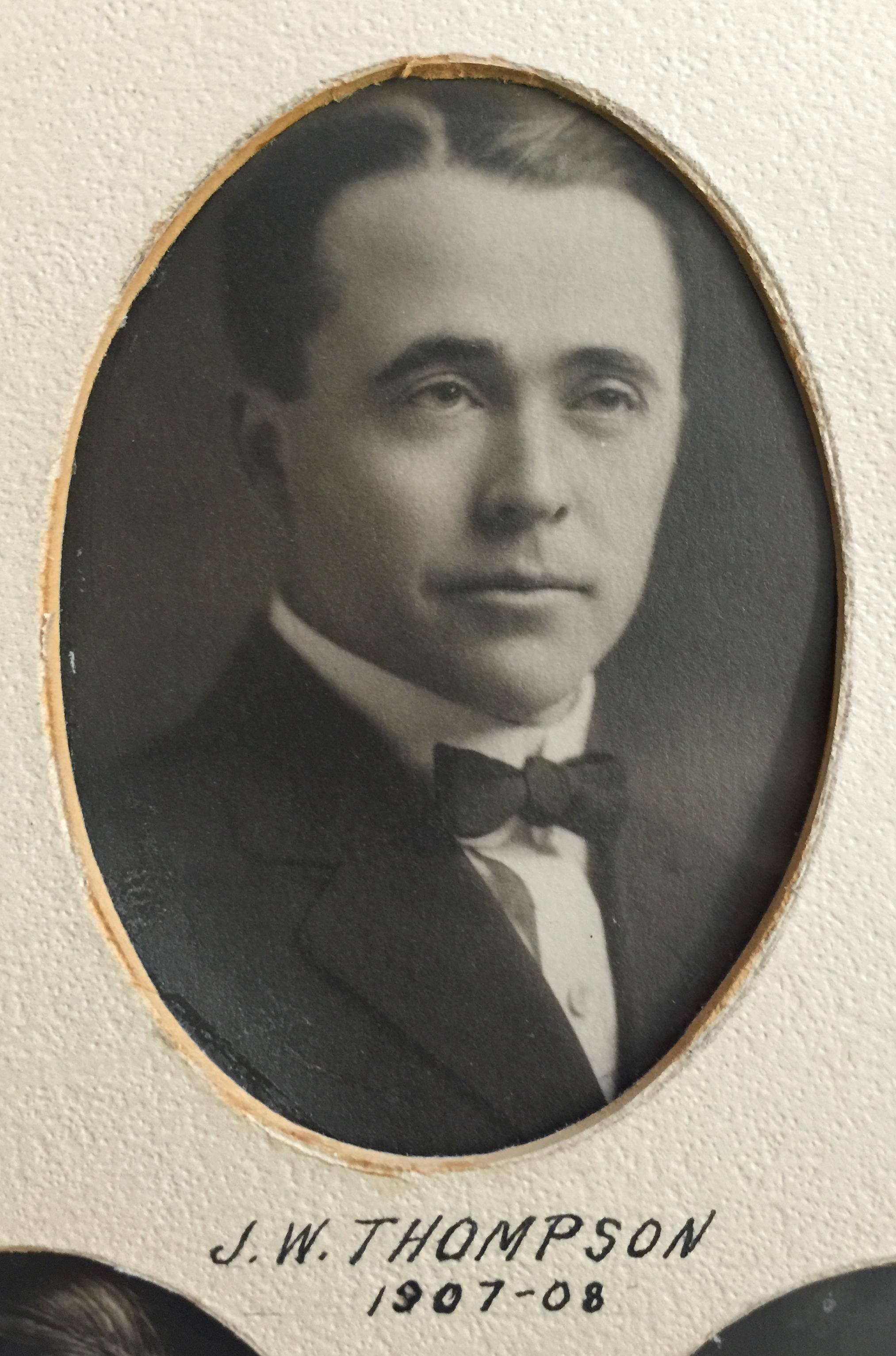 1907-1908 J.W. Thompson