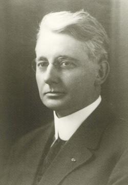 1912 M. E. Nichols