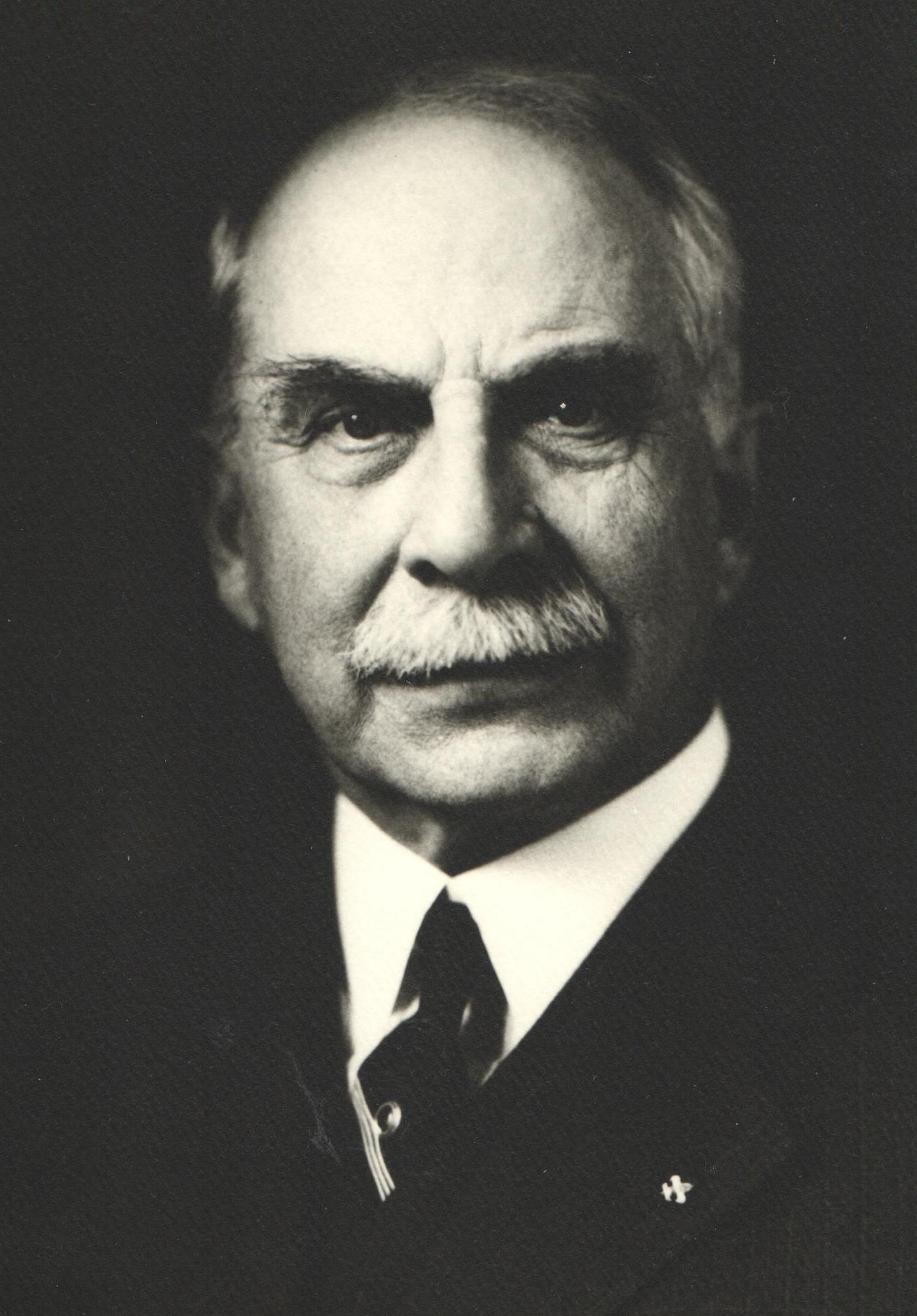 1902 J. H. Hearding Sr.