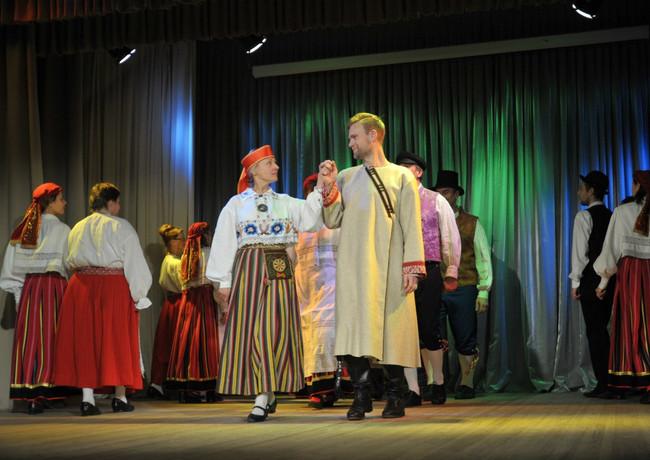 Финно-угорская встреча  Малые народы бол