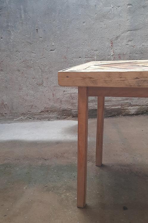 Balou visgraat tafel