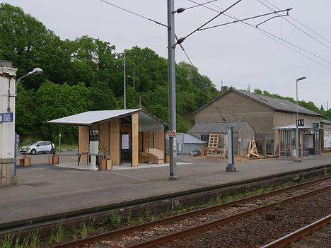 Landivisiau - les derniers moments de la gare 7bb00f_8cc1cf64402f4f7698debcd52d990871~mv2_d_4592_3448_s_4_2