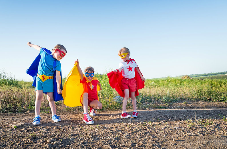 WW-children-superheros-000045810240_Larg