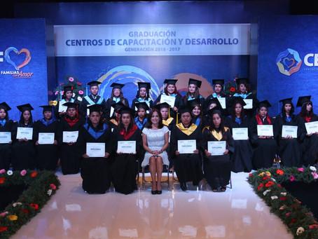Dinorah Lopez de Gali brinda mayores oportunidades de desarrollo y capacitación para el empleo
