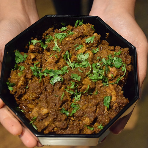 Chicken Sukka with Chapatis