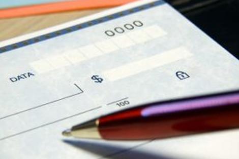 Mesmo com emissão de contraordem, prazo prescricional de cheque incompleto começa na data posteriorm