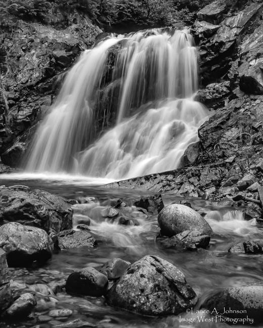 Morse Creek, WAbw.jpg