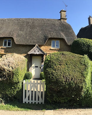 Great-Tew-Cotswolds-Travel-Guide-compres