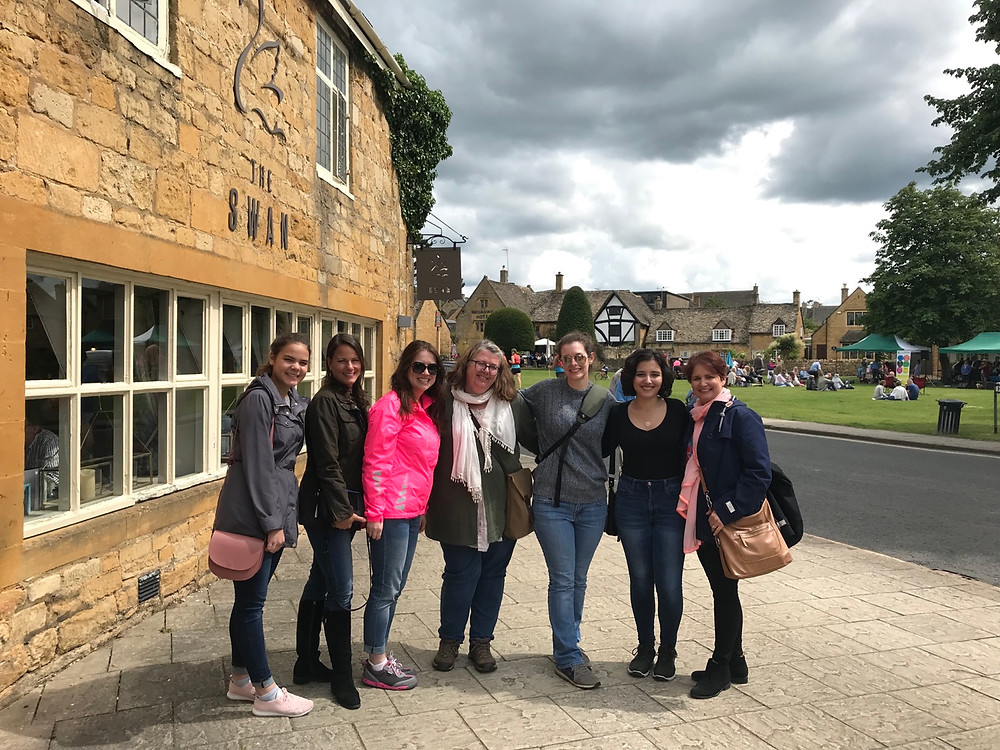 Cotswolds Small Group Tour | Cotswolds Guided Tours | Moreton in Marsh