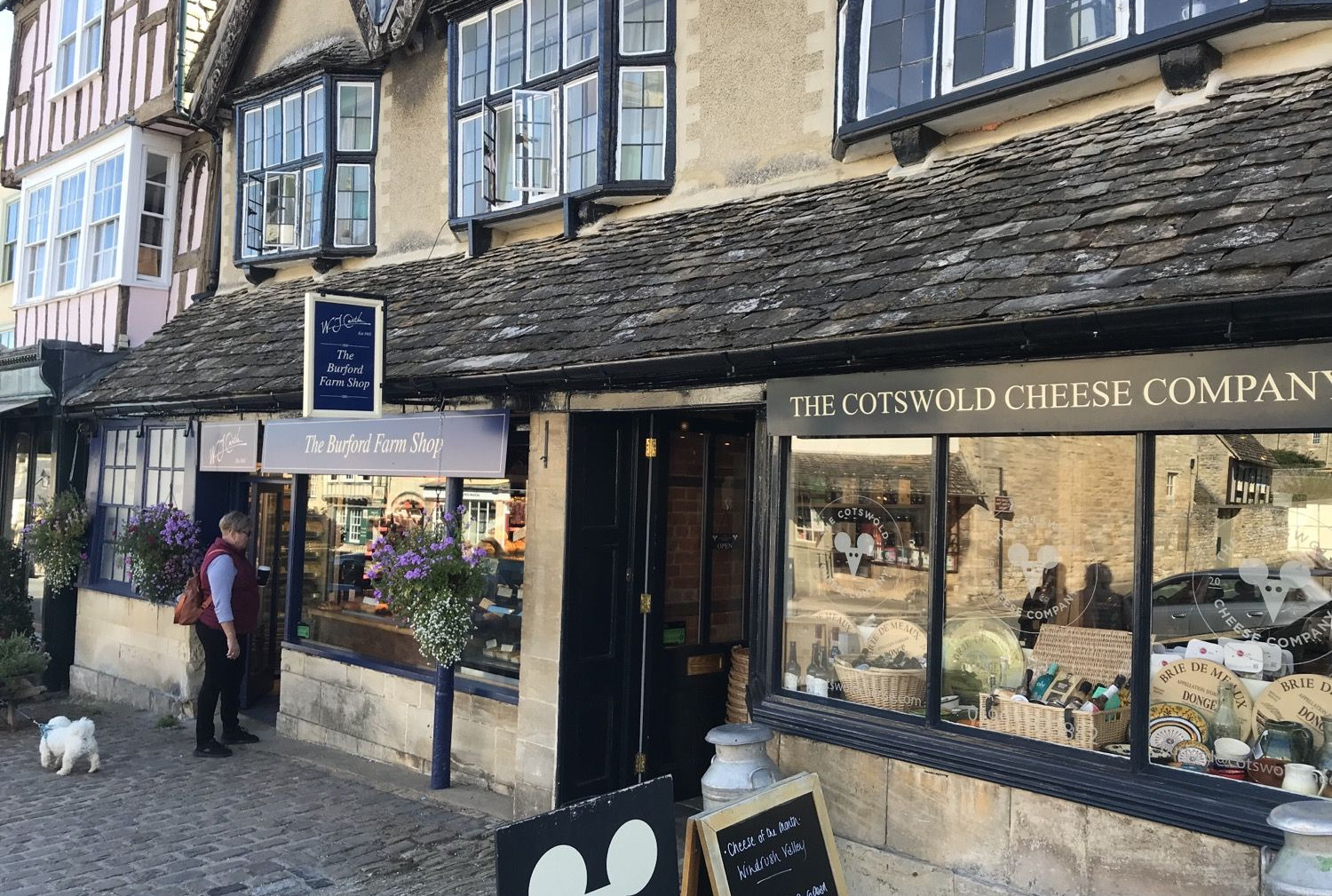 Shopping in Burford