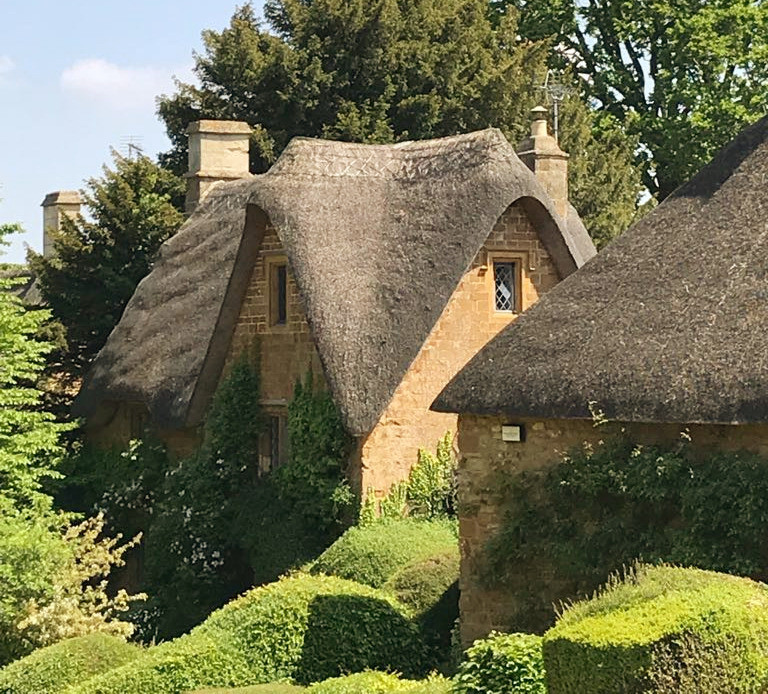 Secret Cottage | Cotswolds Guided Tours | Best Cotswold Tour