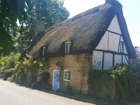 Cotswolds Cottages, Hidden Villages & Gorgeous Scenery