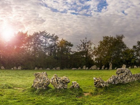 Rollright Stones - Cotswolds Travel Guide