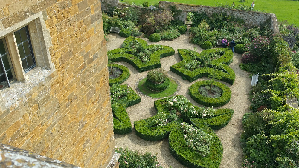 Cotswolds Guided Tours | Beautiful Gardens