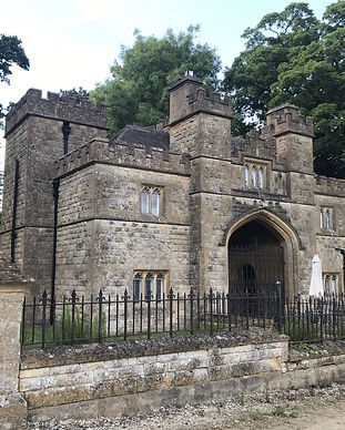Gate-House-Sudeley-Castle-compressor.jpe