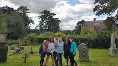 Cotswolds Guided Tours | Guests having fun