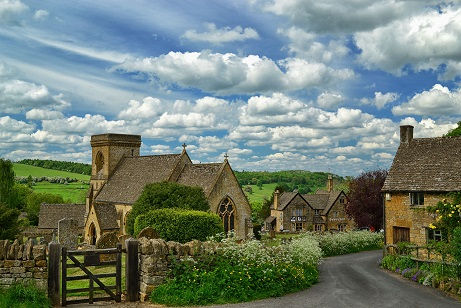 Cotswolds Guided Tours | Snowshill where Bridget Jones was filmed, visit on our Cotswold Highlights Tour