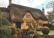 thatched-cottage-cotswolds-compressor.jp
