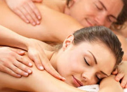 Relaxing Massage for Couple
