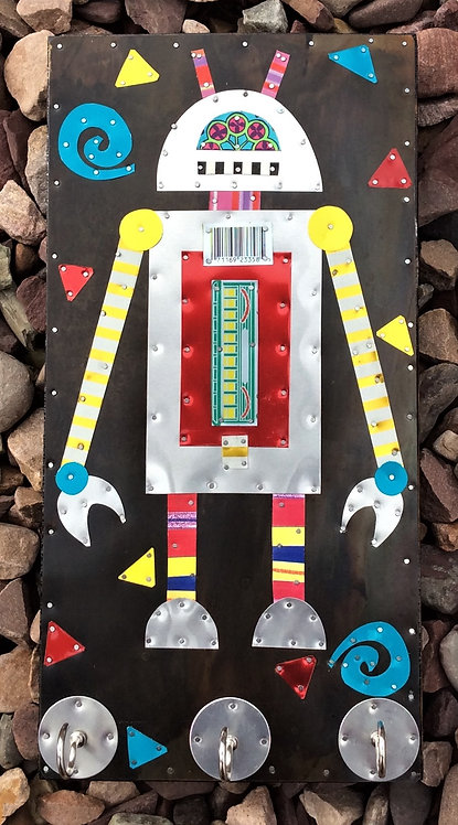 repurposed tin can robot collector  key holder with 3hooks