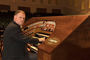 organist-titulair-patrick-hopper.jpg