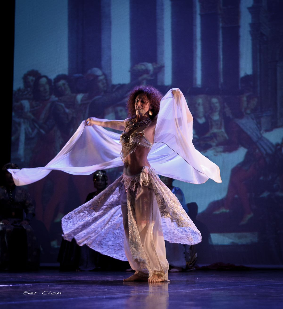 Farida toniolo dance in time