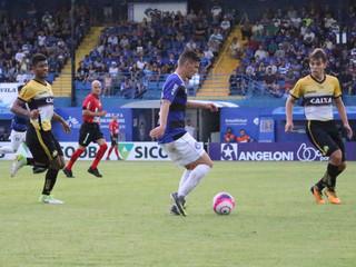 Tubarão vence o Criciúma por 3 a 0 na Vila