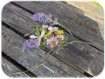 Arts & Crafts - Outdoor Floral arrangements (2)