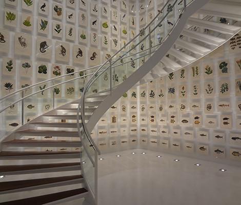 Escadaria interna do Itaú Cultural. Foto: Pixabay.