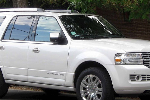 COMING SOON 2010 Lincoln Navigator Ultimate   220,000 KM