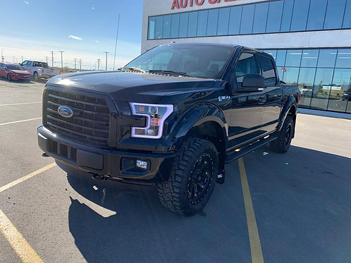 2017 Ford F-150 XLT SuperCrew 3.5L w/BACK UPCAMERA/HEATED SEATS 79,000 KM