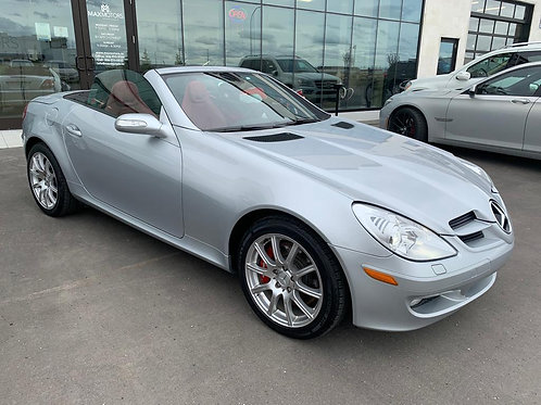 2005 Mercedes-Benz SLK-Class 3.5L Convertible roof/ AUTOMATIC TRANSMISSION
