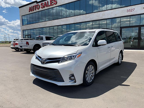 2017 Toyota Sienna LIMITED AWD PANORAMIC ROOF/GREY LEATHER