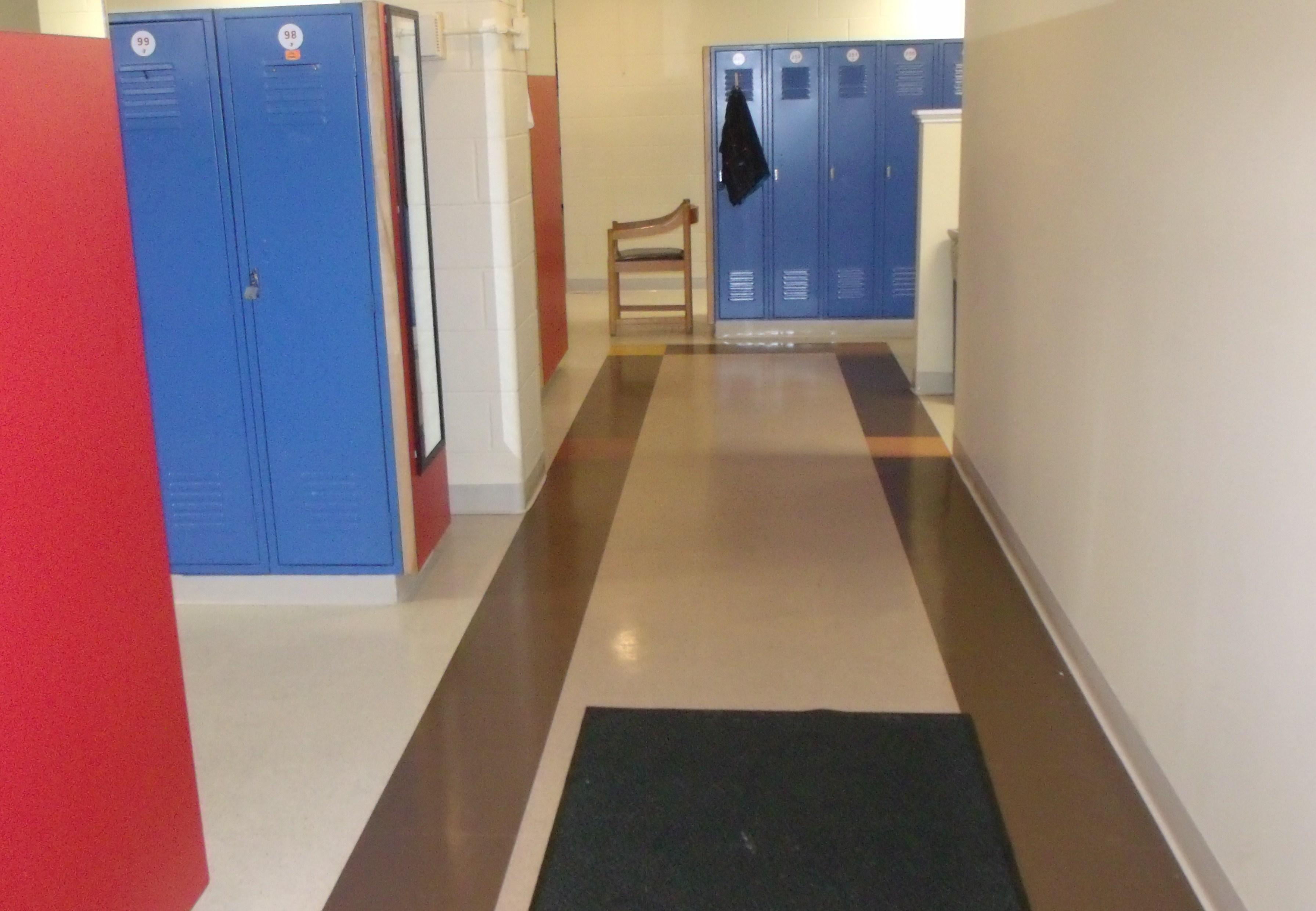 Spfld, MA YMCA locker room 2