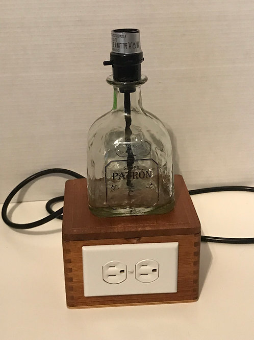 Patron Outlet lamp