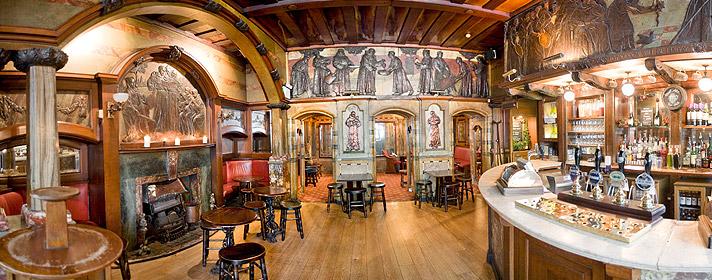 The Black Friar Pub