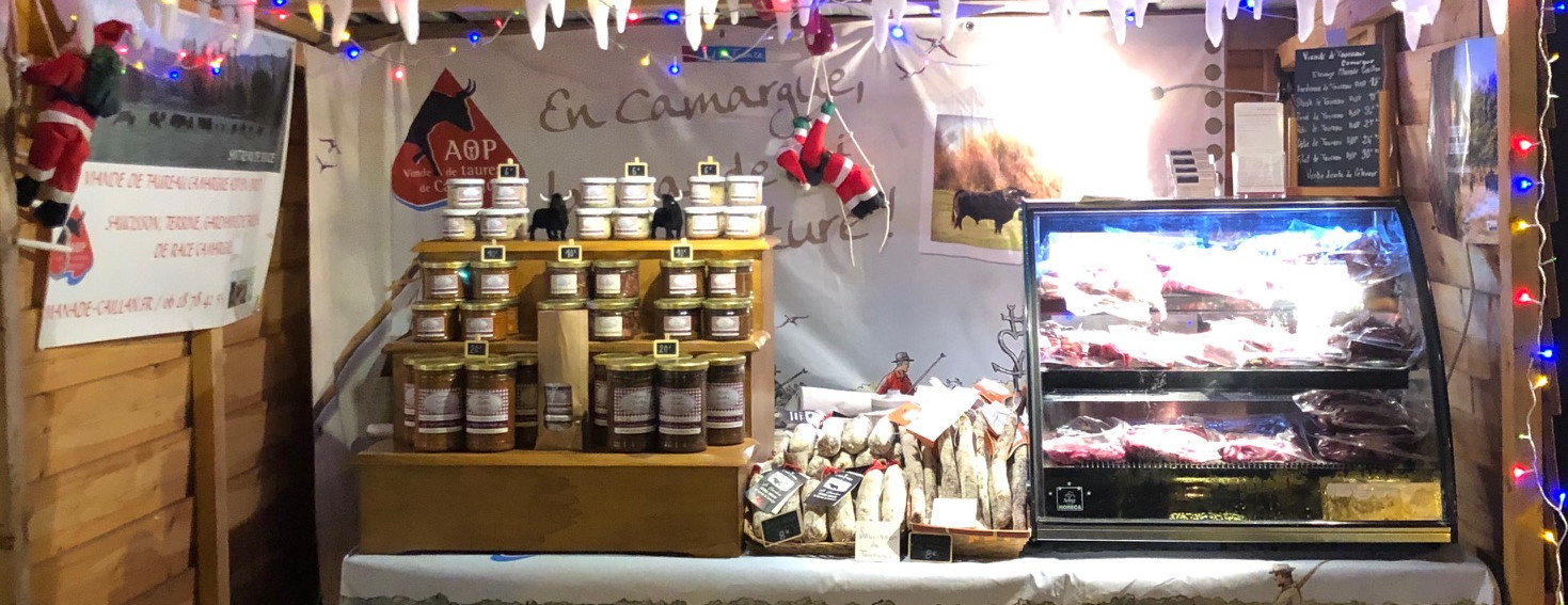 Stand marché de Noel (viseul AOP taureau de Camargue)
