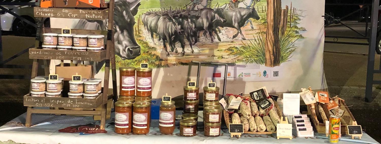 Stand marché de Noel (visuel AOP taureau de Camargue)