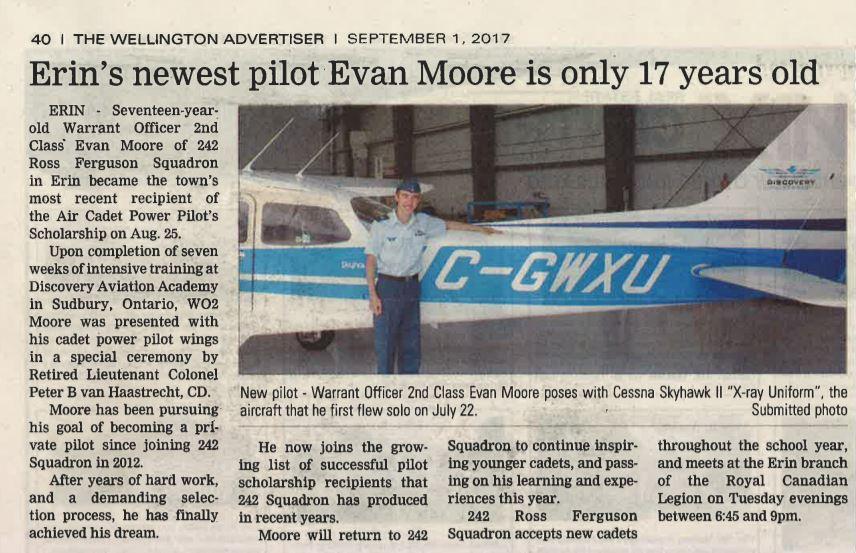 WO2 Evan Moore earns pilot wings August 2017
