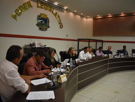 Sessão do dia 14 de agosto tem apresentações de projetos de lei e resolução e debate entre vereadore