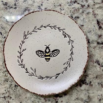 """Queen Bee Plate 6"""""""