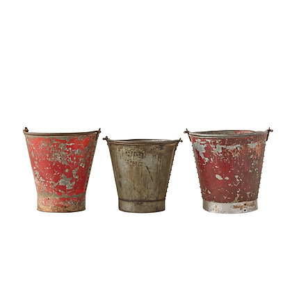 Heavily Distressed Round Metal Buckets (Set of 3/Each will vary) DA7904