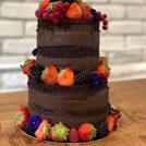 Nude cake chocolat & fruits rouges