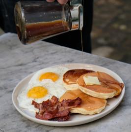 Pancakes bacon & oeufs