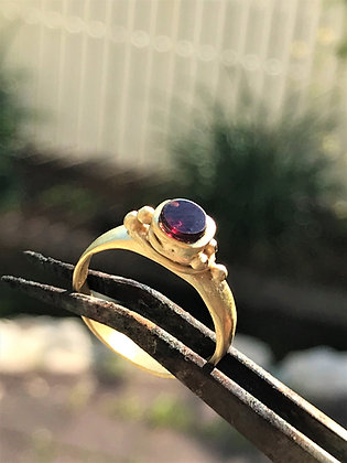 Garnet ring 18 kt goldplated