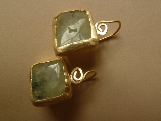 Wrapped square gemstone earrings.