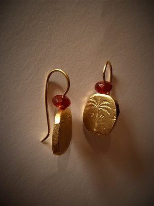 Symbol earrings with Carnelian bead