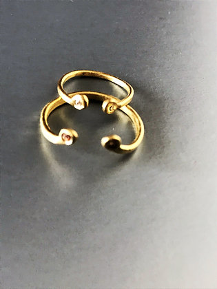 Set of 2 Delicate rings with Zircons