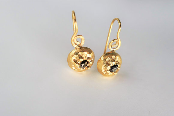 Special Round Gold earrings with natural Pyrite gemstone
